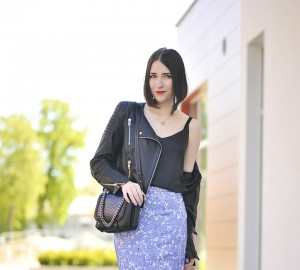 2-lace-skirt-street-fashion