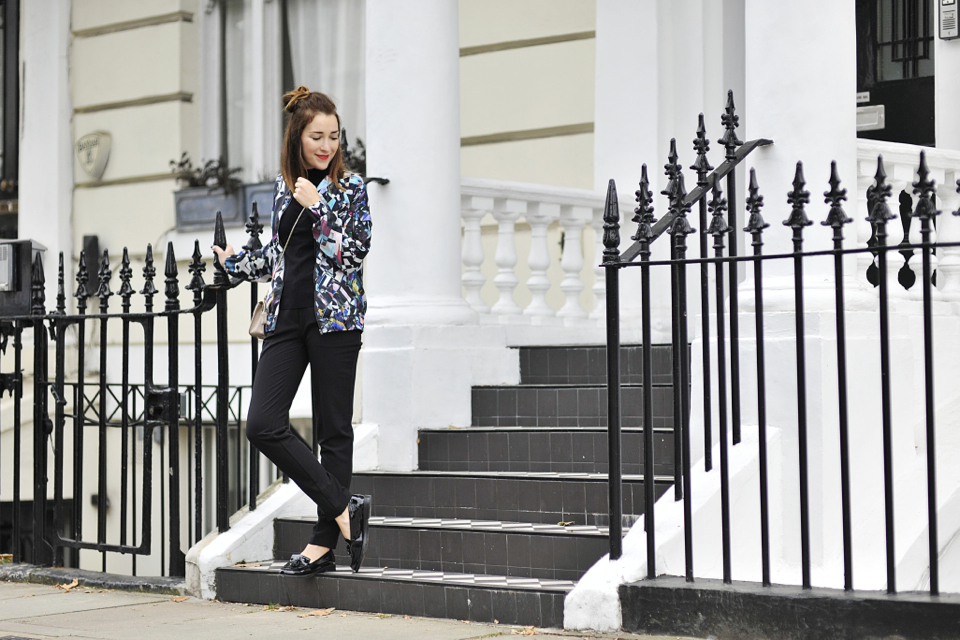 http://shinysyl.com/wp-content/uploads/2015/11/2-bomber-jacket-street-style.jpg