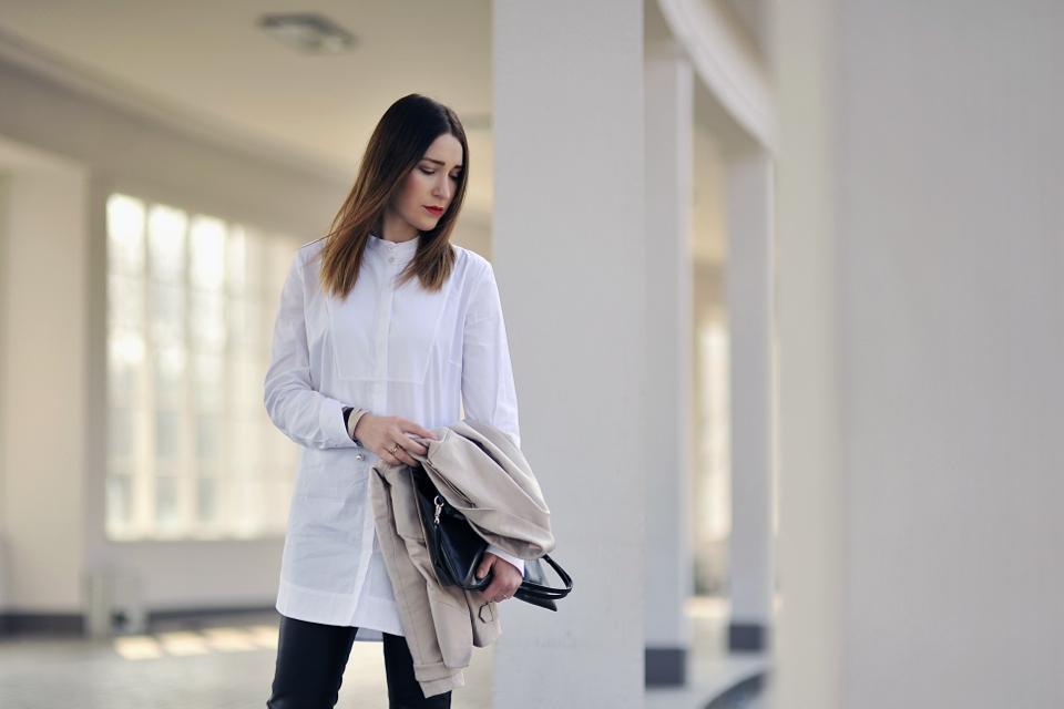 long-shirt-outfit-street-fashion