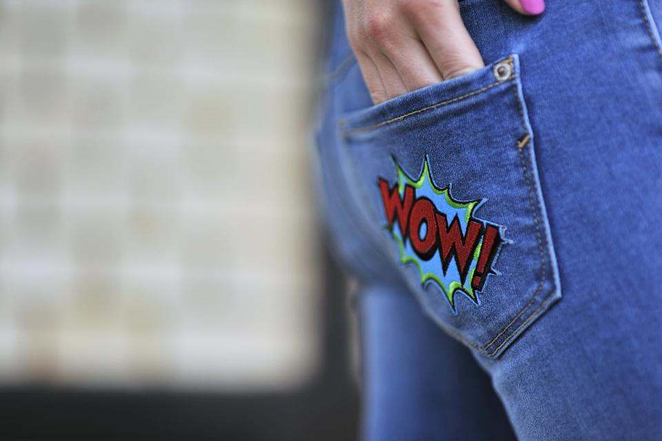 jeansy-z-naprasowankami