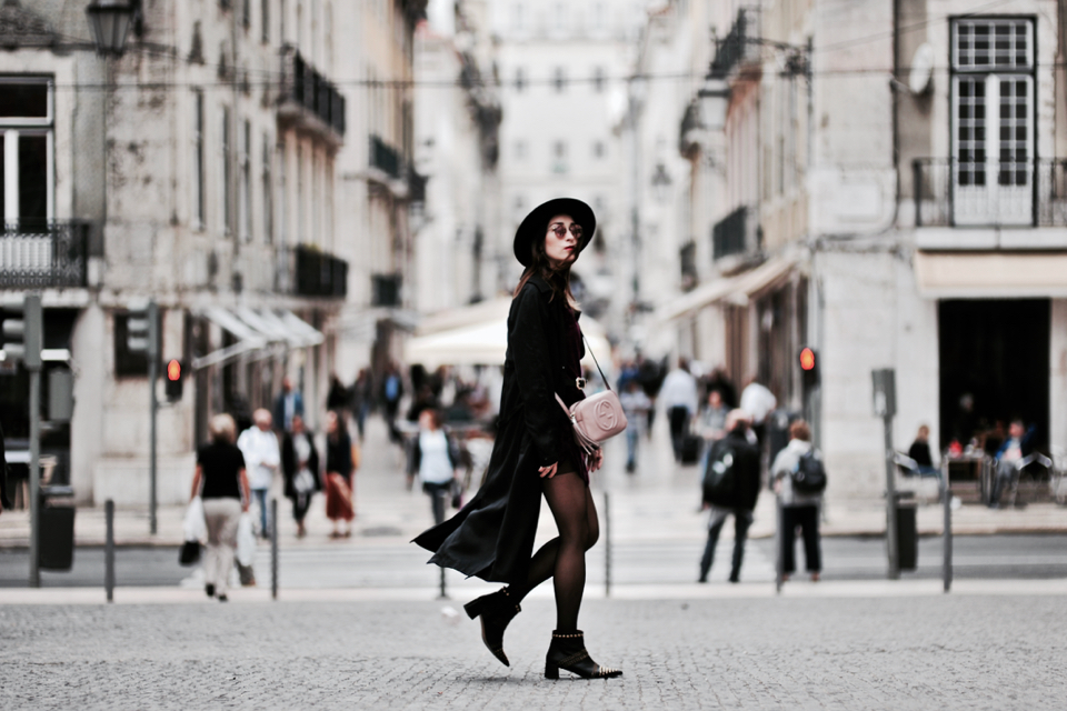 velour-dress-street-style-outfit