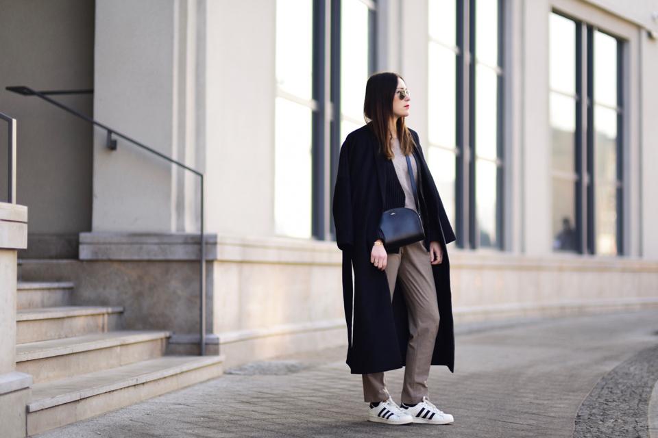 stylizacje-ze-sportowymi-butami