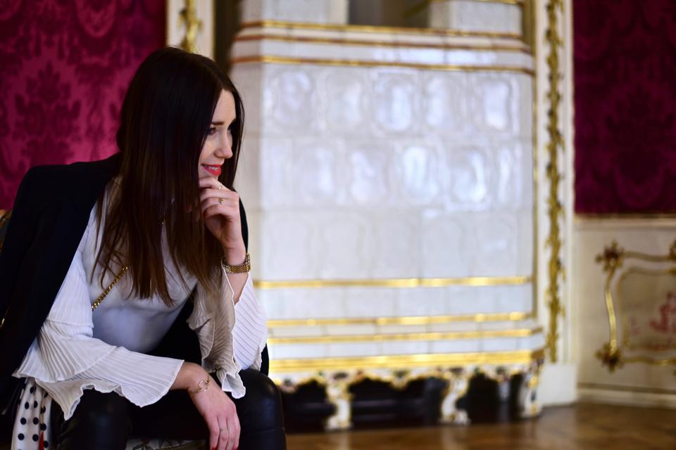 how-to-dress-like-a-parisian
