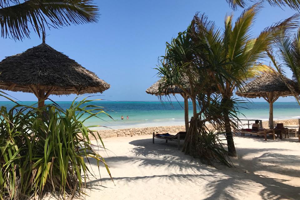 uroa-bay-beach-resort-jaka-plaża