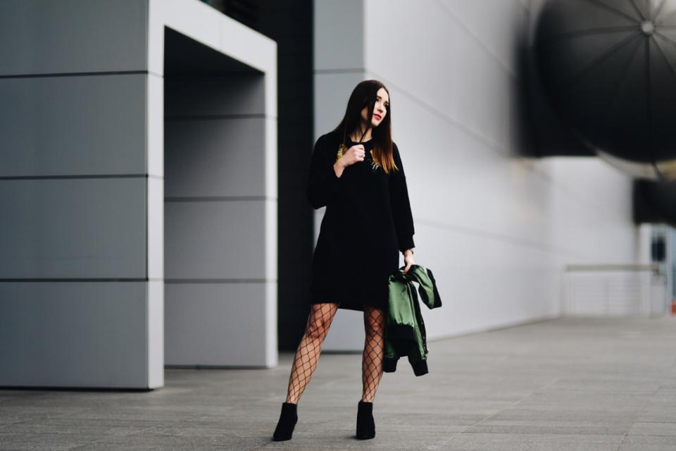 długa bluza jako sukienka stylizacja