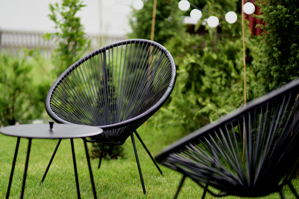 acapulco-chair-garden-home-decor-inspiration