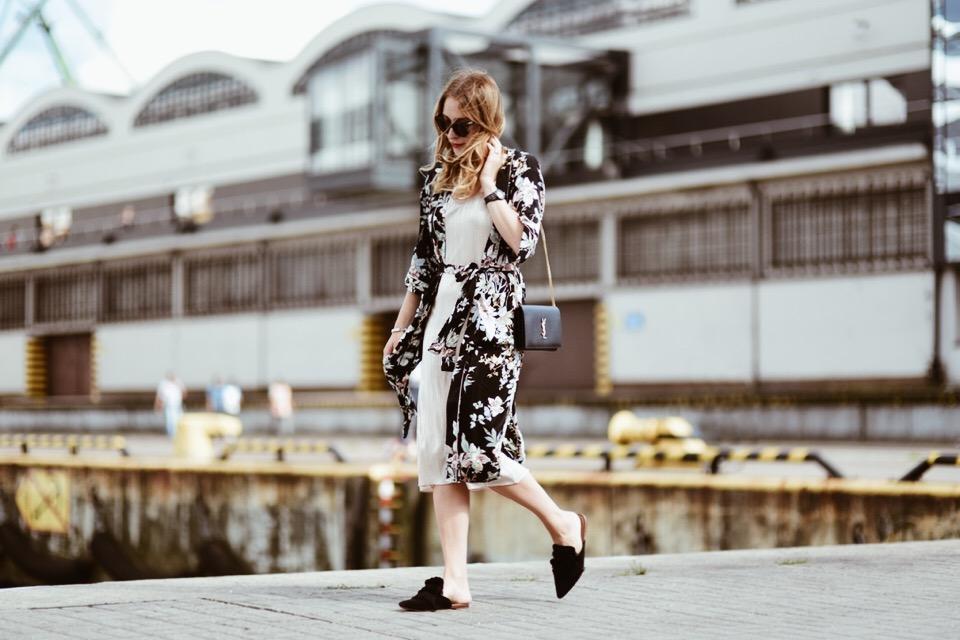 jak-nosić-kimono-w-kwiaty-stylizacje