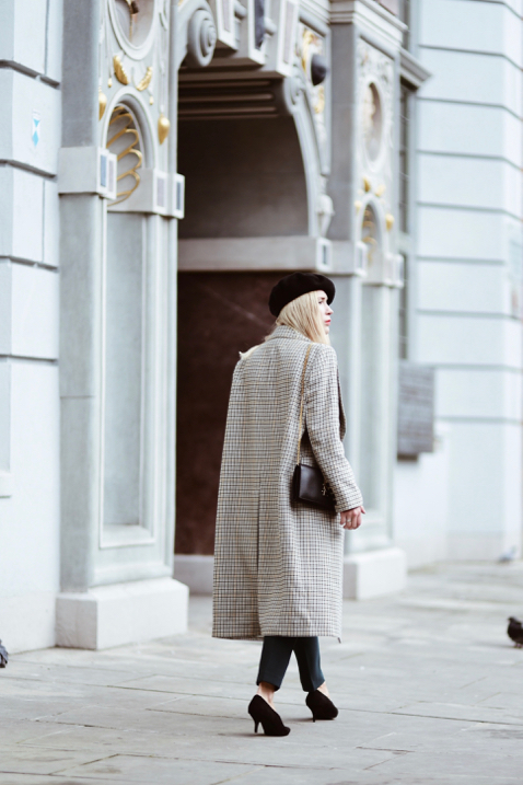 oversized-checkered-coat-street-style-outfit
