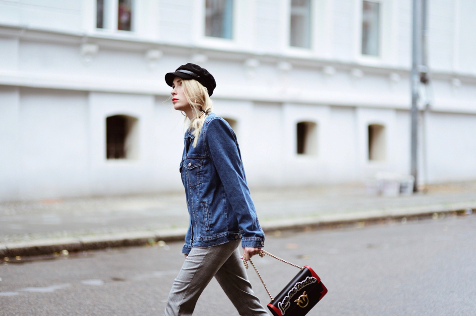 baker-boy-cap-hat-checked-pants-street-style-outfit-idea