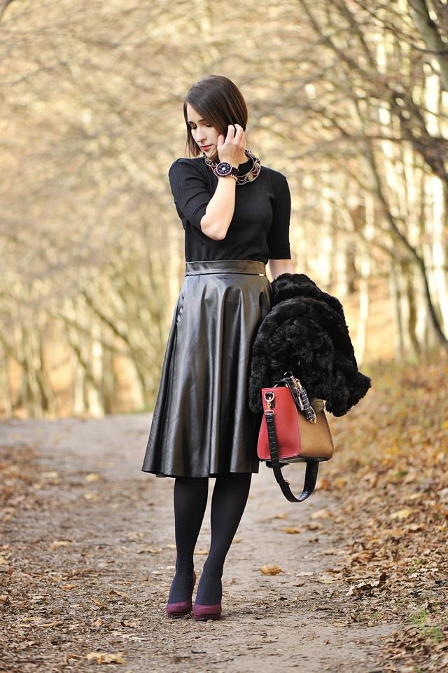 8 blog_o_modzie_shinysyl_czarne futro