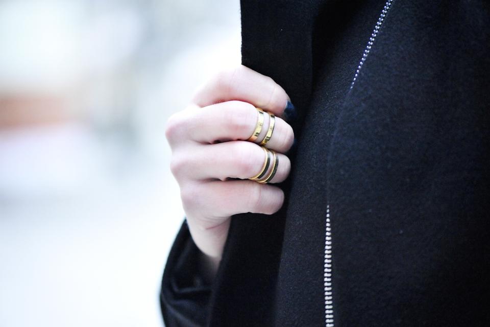 pierścionki na koniec palca