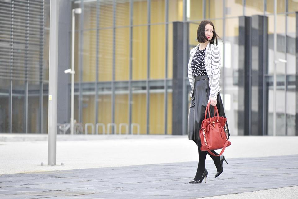 elegancka-stylizacja-do-pracy