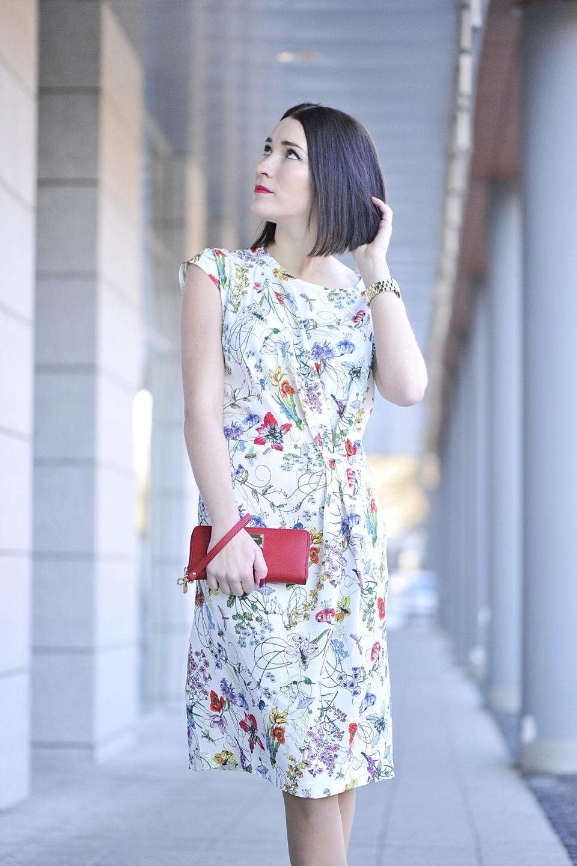 kobieca-sukienka