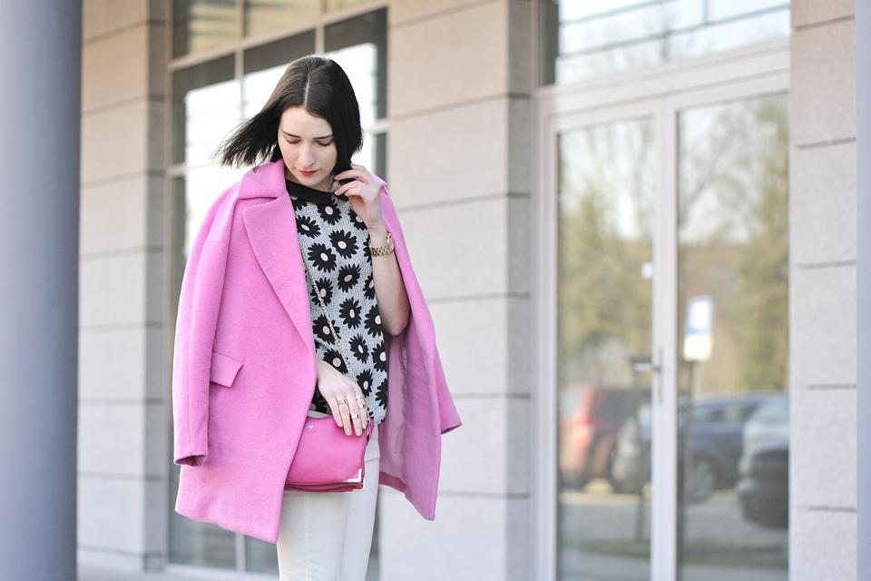 różowy-płaszcz