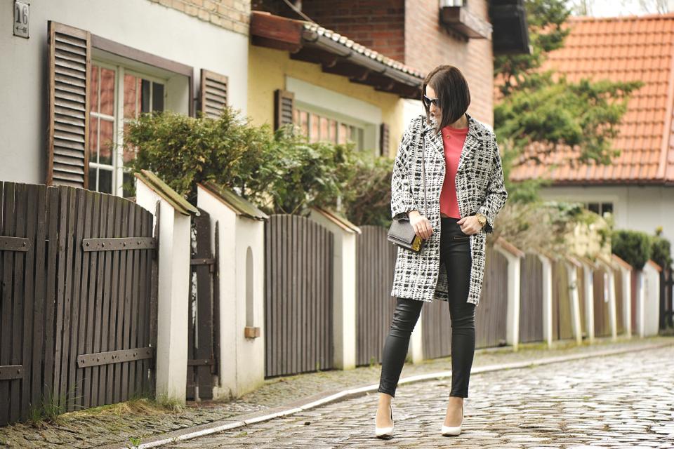 white-shoes-street-fashion