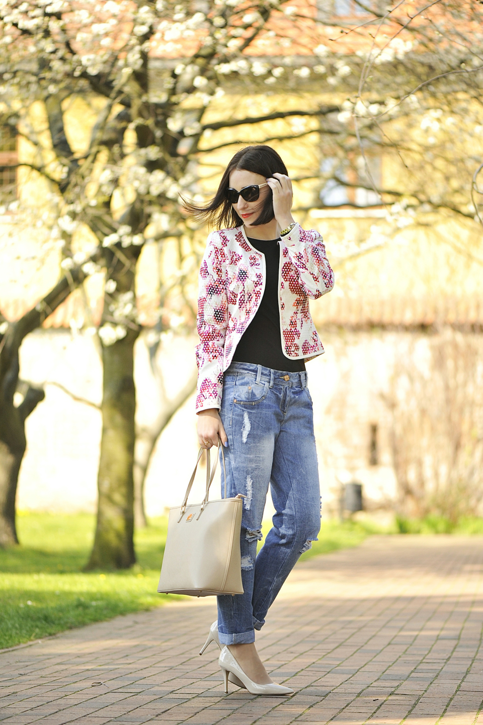 floral-jacket-street-style