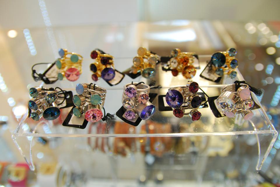 pierścionki-z-kryształami