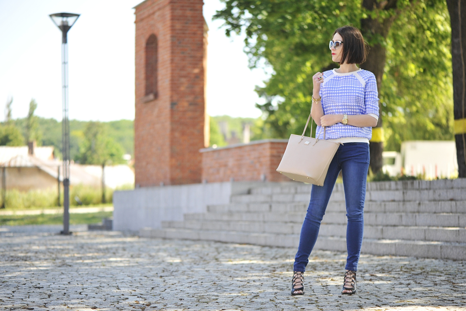 jeansy rurki stylizacja