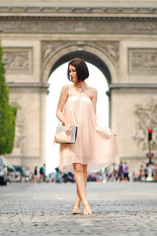 plisowana-sukienka-stylizacja