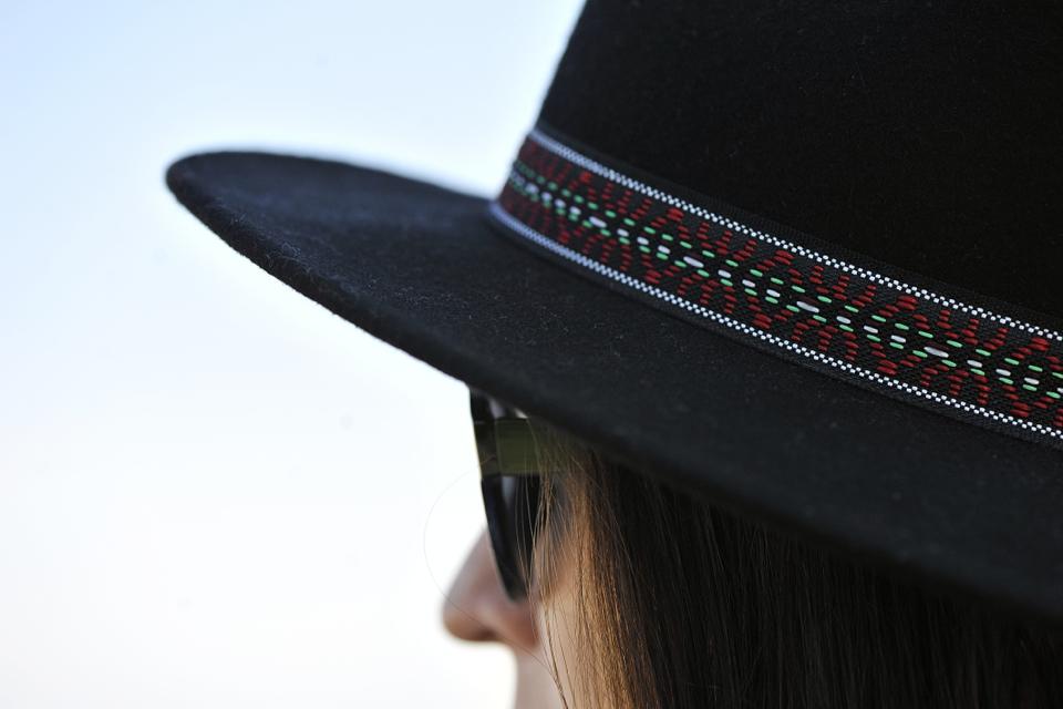 czarny-kapelusz