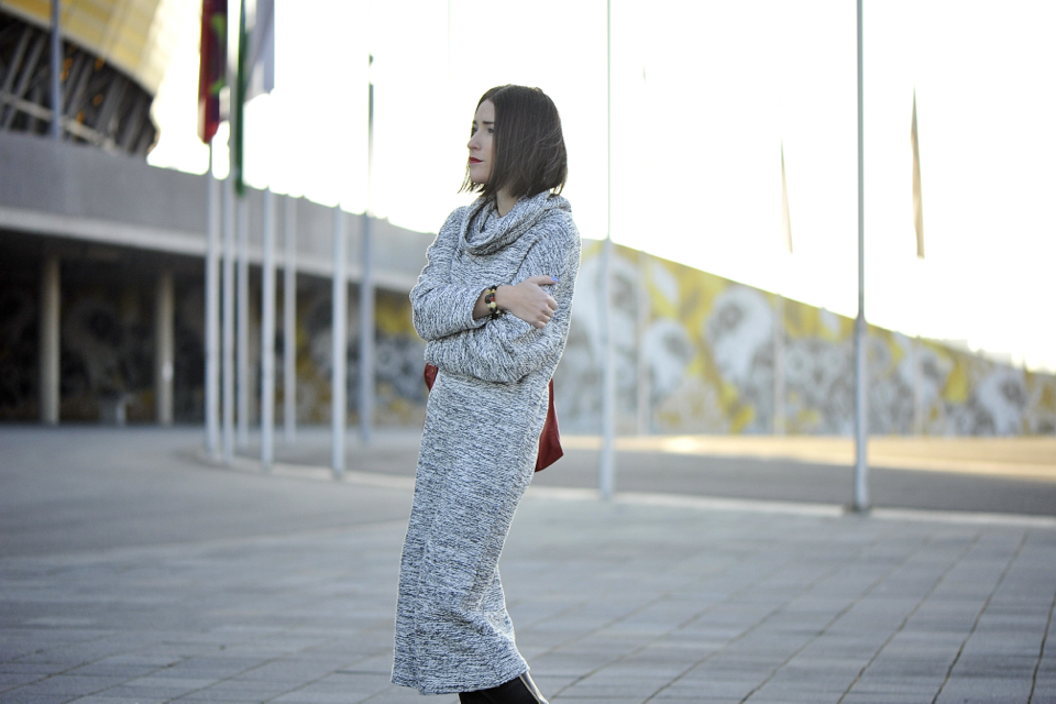 sukienka oversize stylizacja