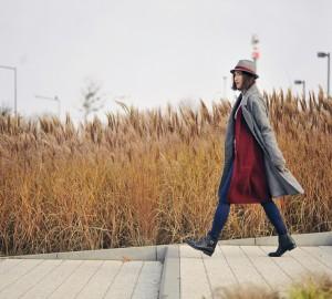 burgundowy-sweter