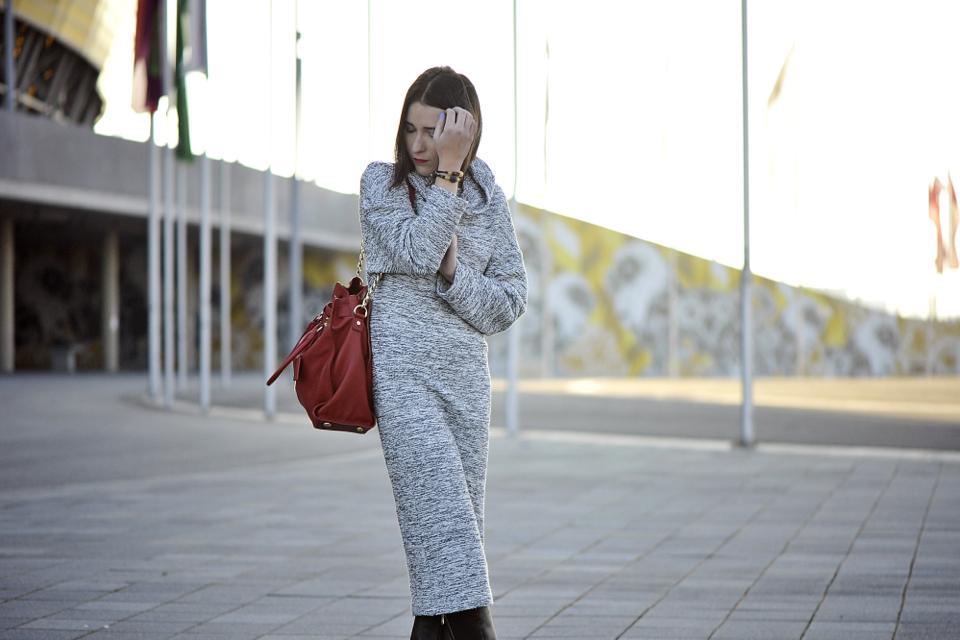 szara-sukienka-oversize