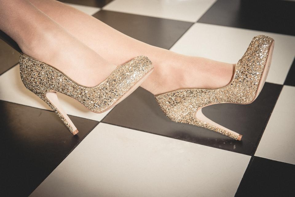 brokatowe-złote-buty
