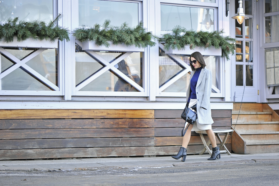 grey-coat-street-fashion
