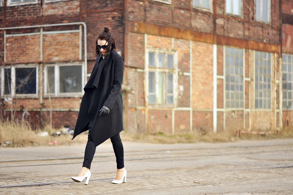 białe-szpilki-street-fashion