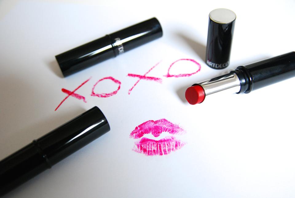 triki makijażowe usta