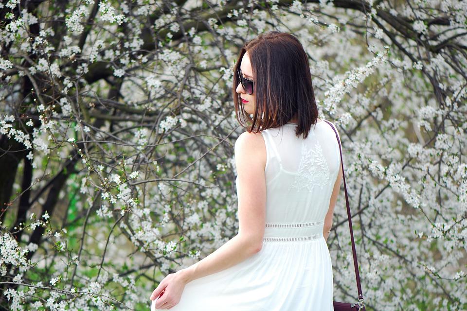 ślubna-sukienka-z-sieciówki