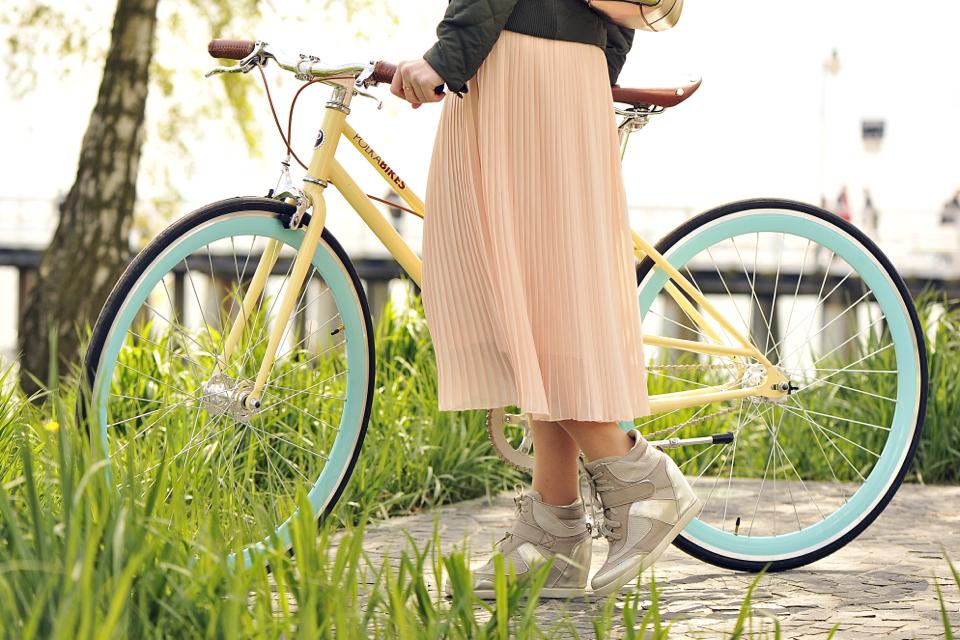 żółty-rower
