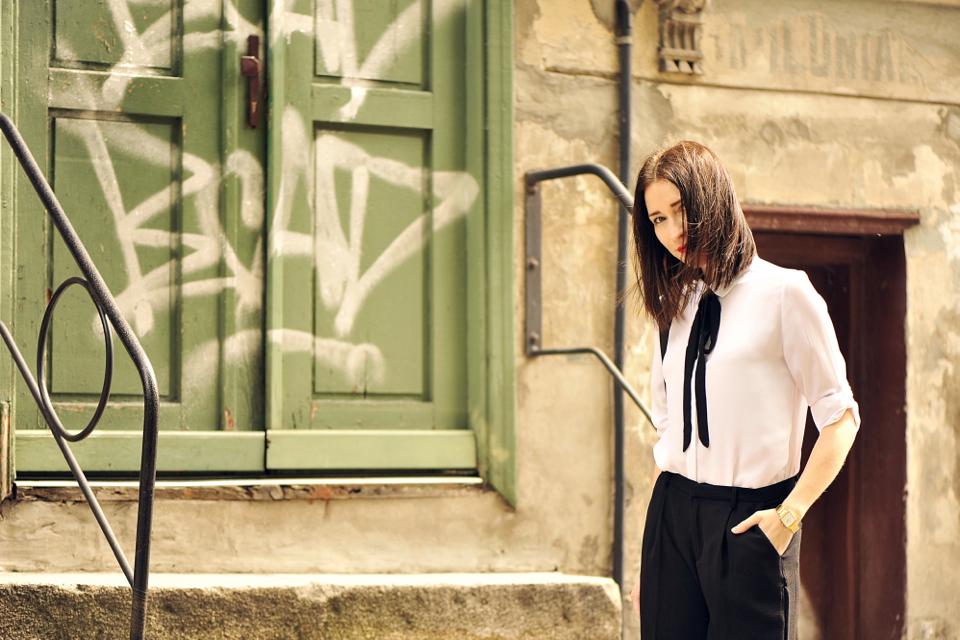 spodnie-szwedy-stylizacja