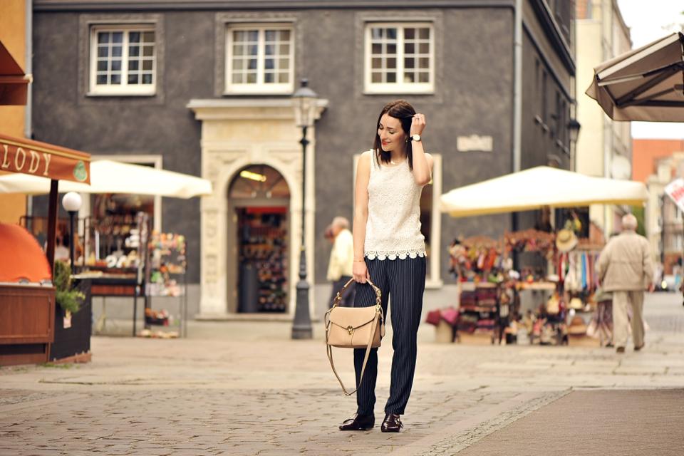 lace-blouse-street-fashion
