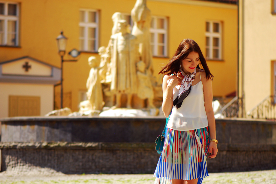 pleated-skirt-street-fashion