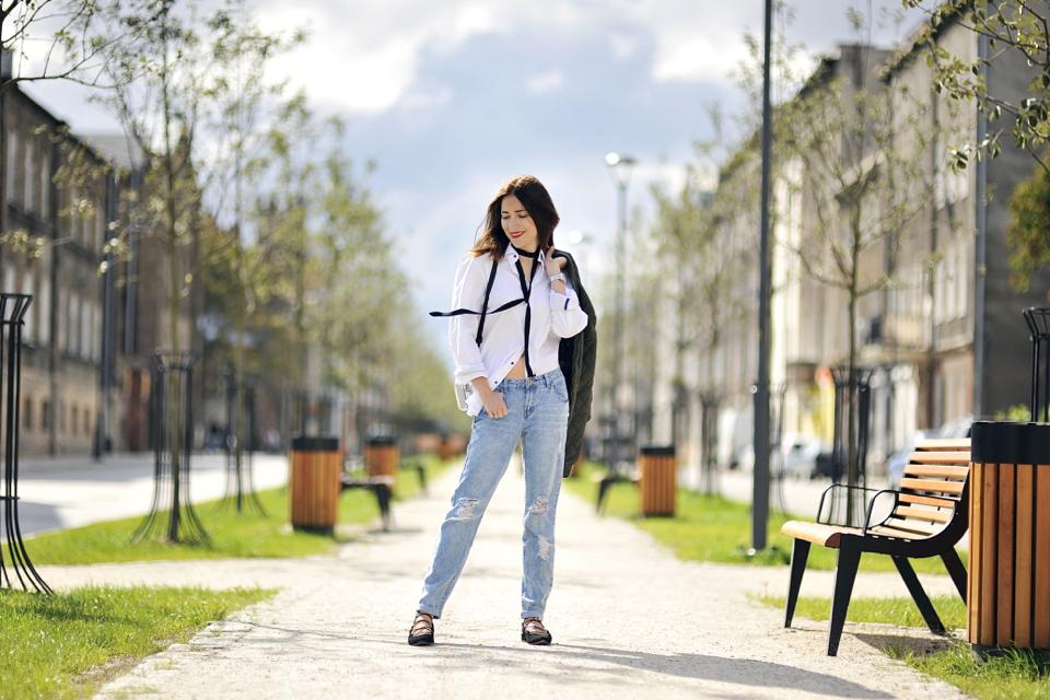 black-skinny-scarf-street-style
