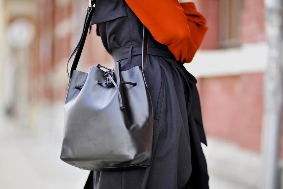 bucket-bag-street-style