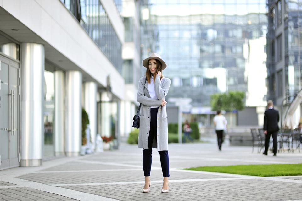 strój-do-pracy-na-chłodniejsze-dni