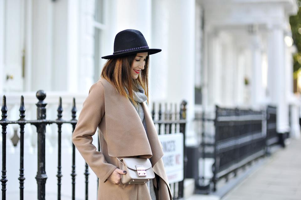 camel-coat-street-style