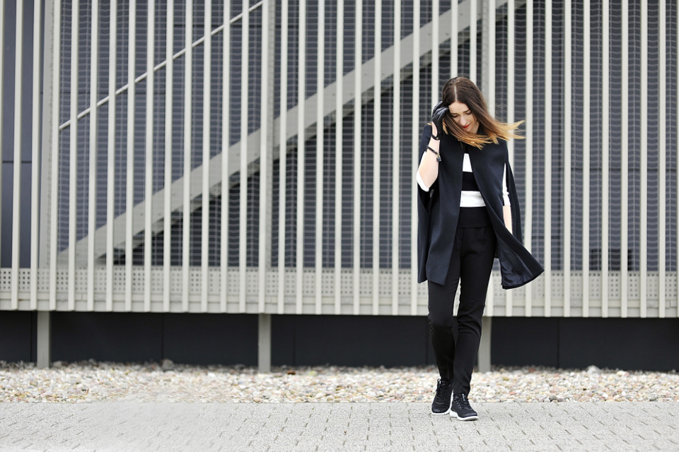 black-and-white-outfit-