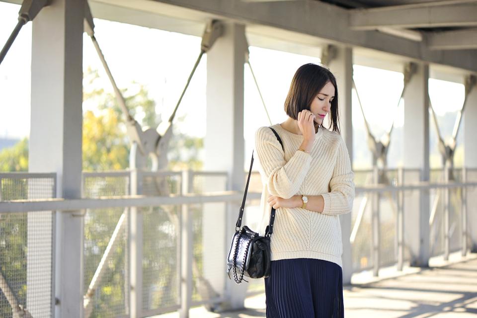 z-czym-nosić-sweter-typu-oversize