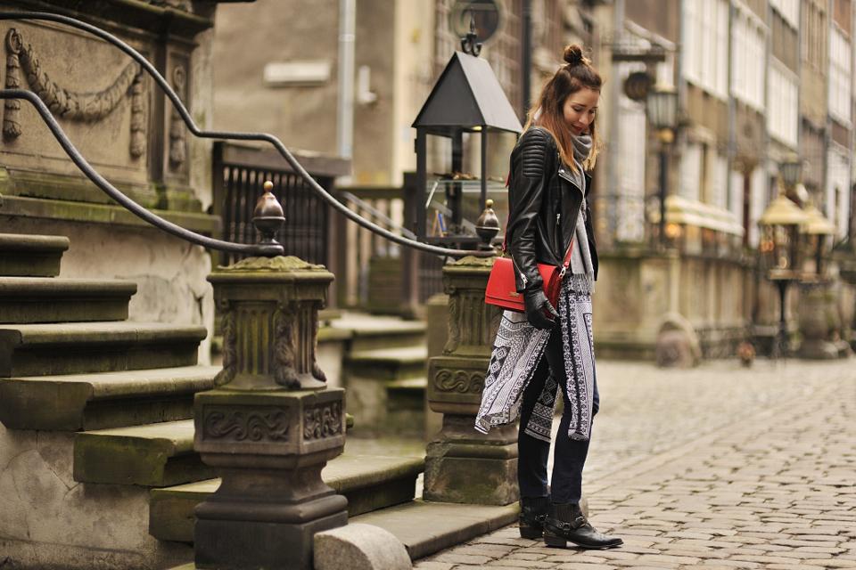 spodnie-z-frędzlami-stylizacja