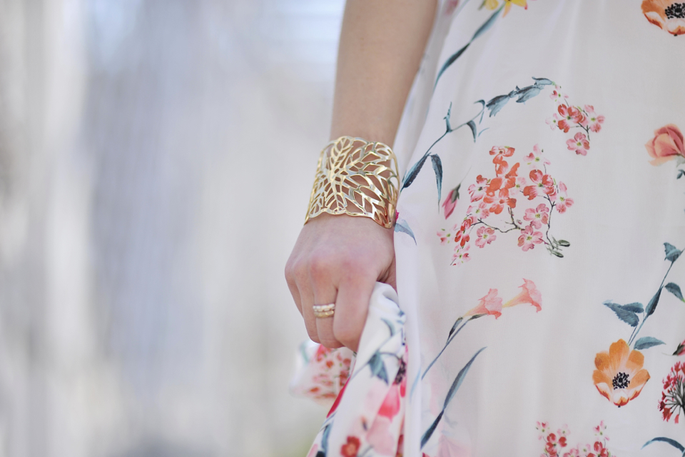 sukienka-w-kwiaty-stylizacja