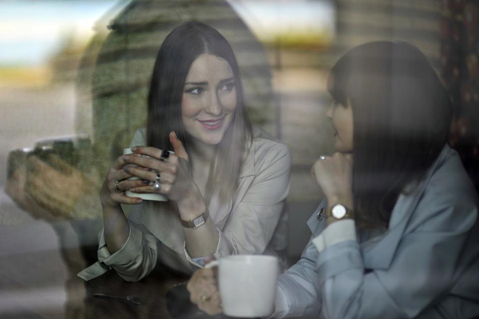 sesja-zdjęciowa-w-kawiarni