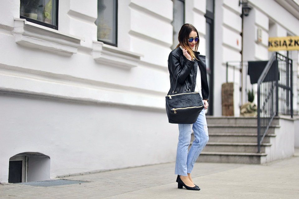 white-shirt-street-style