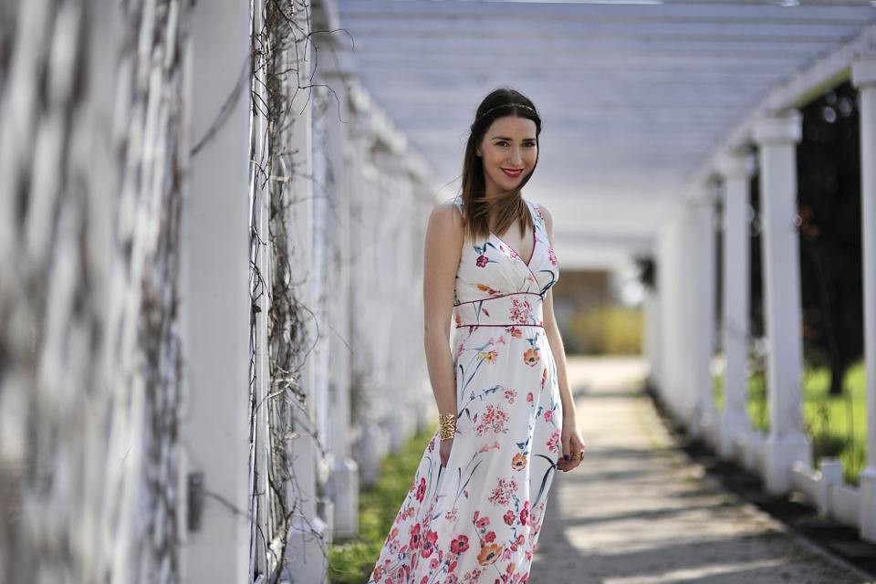 jak-nosić-długą-sukienkę