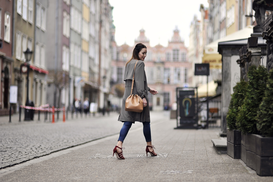 lace-up-shoes-street-fashion