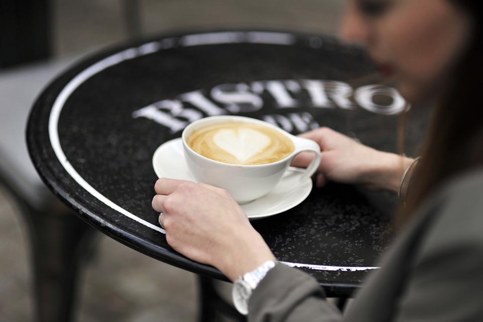 kawiarnia-w-paryskim-stylu-gdańsk