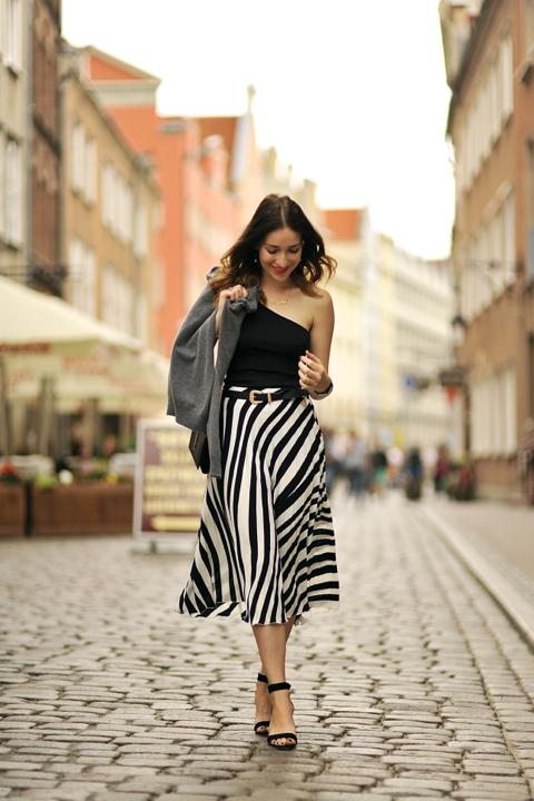 plisowana-spódnica-stylizacje